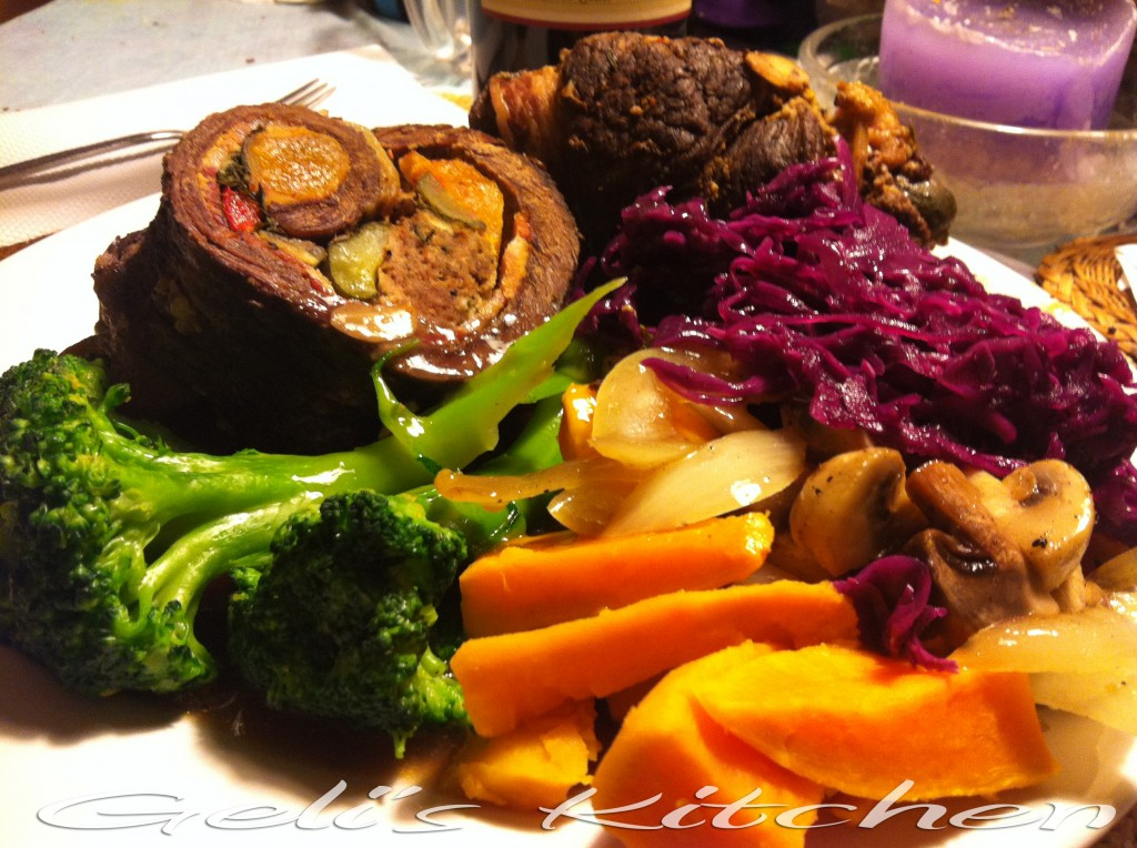 Rinderrouladen with Sweet Potaoes, Mushrooms and Steamed  Broccoli  (Click on all photos for full size)
